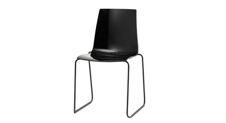 breda-black-matte-dining-chair