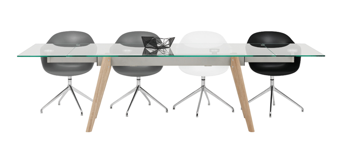Monza glass extendable dining table boconcept