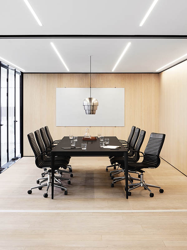 Torino designer conference table